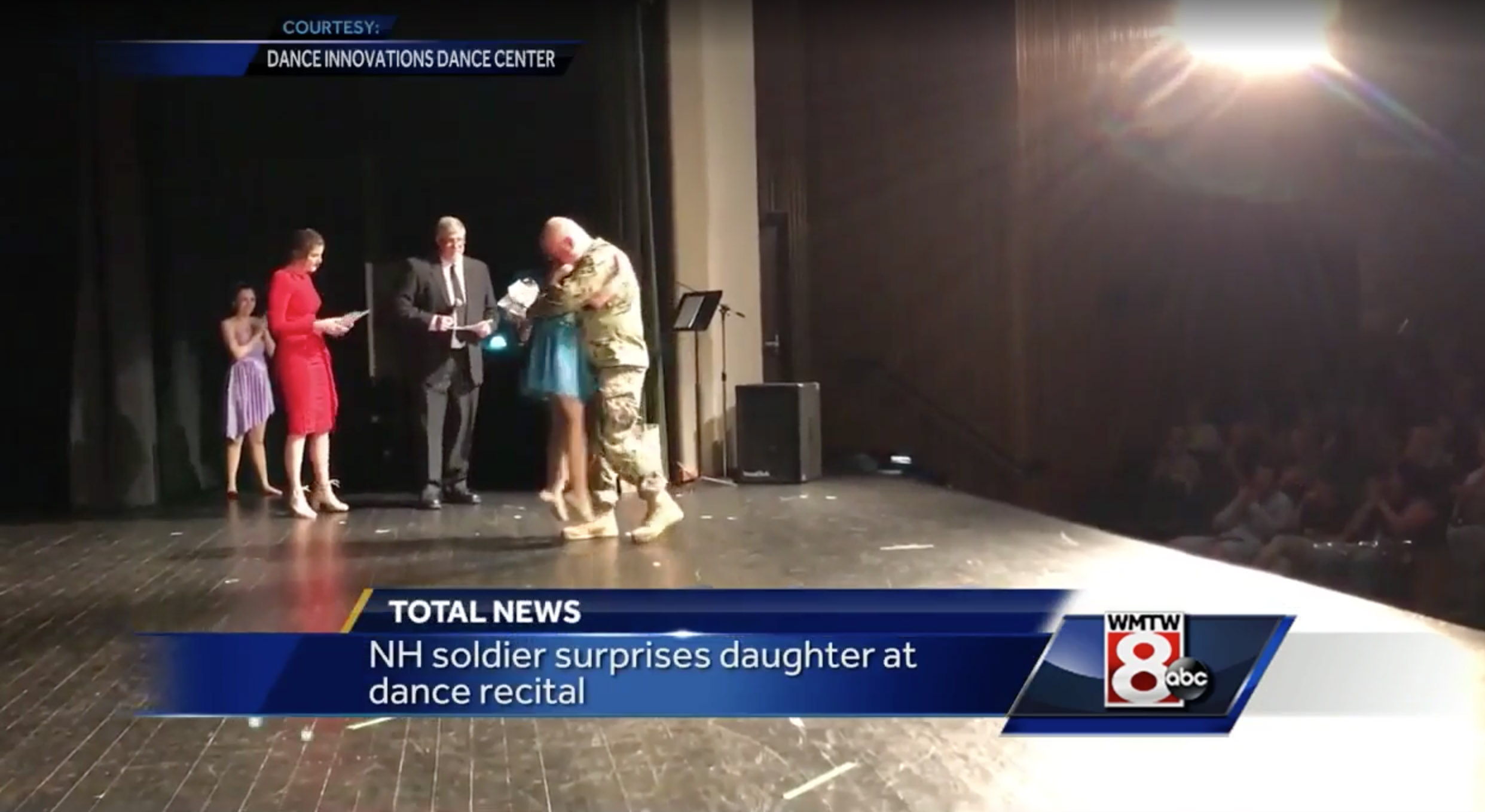 Military Dad Surprises Daughter At Recital